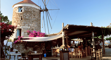 Mylos Beach Bar